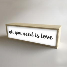 "Caja de luz ""All You Need is Love"""